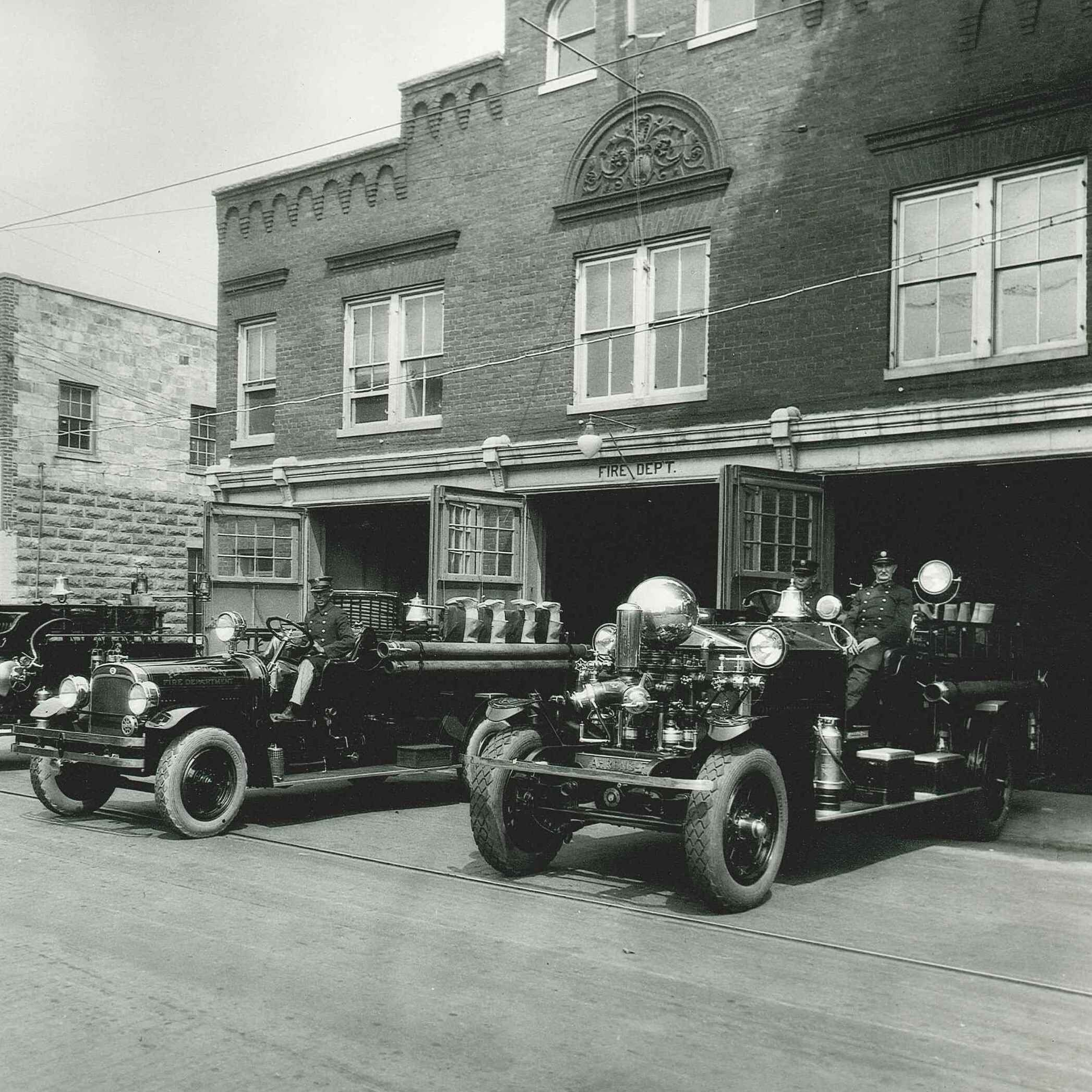 SQUARE HHM 0338_Hampton_Fire_Dept_1930
