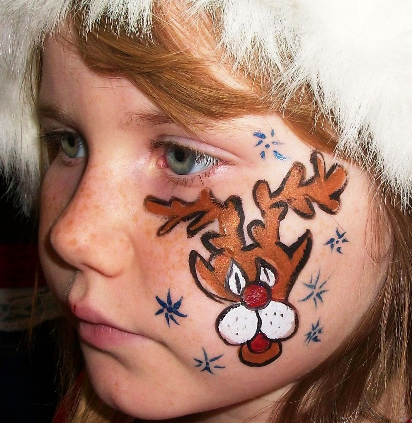 A Mile of Smiles Events reindeer face paint