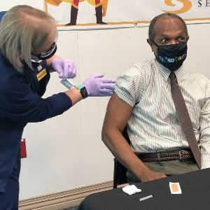 mayor vaccination 12232020