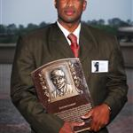 Wayne Gomes with Bronze Plaque